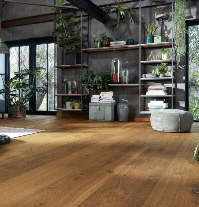 Покриття для підлоги та стінові панеліВиробництво високоякісних підлогових покриттів і інноваційних рішень для вашого будинку.В асортименті підлогові покриття німецького якості: паркетна дошка, натуральний лінолеум, ламіновані і дизайнерські підлоги, стінові панелі, вагонка, молдинги і аксесуари.Постійно піклуючись про споживачів і захист навколишнього середовища, ви завжди знайдете якісну та безпечну продукцію, яка буде вас радувати не один десяток років.